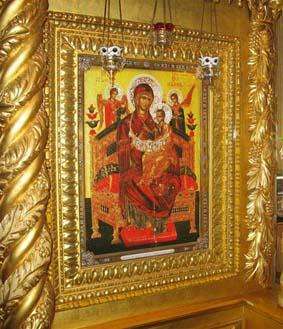 Чудотворный образ Пресвятой Богородицы в Преображенском соборе Новоспасского монастыря в Москве.
